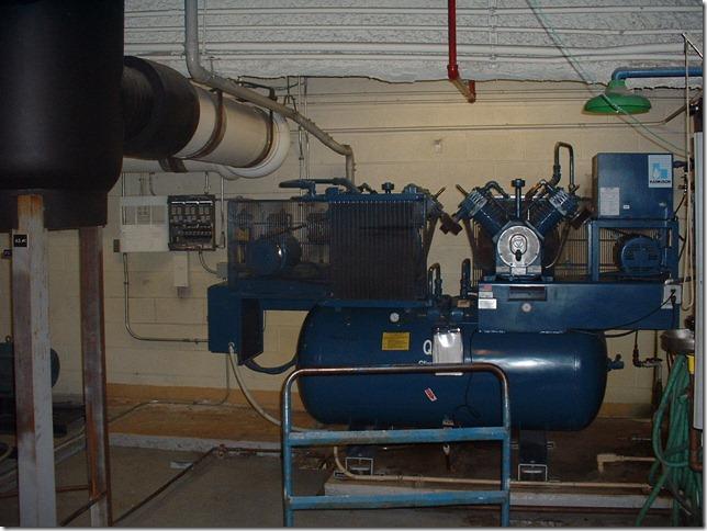 South tower pneumatic control air compressor