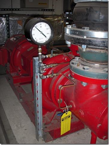 Preheat pump gauge piping